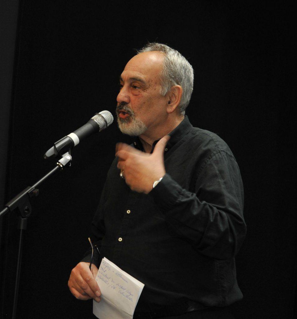 die Moderation übernahm der Kabarettist Aret Aleksanyan